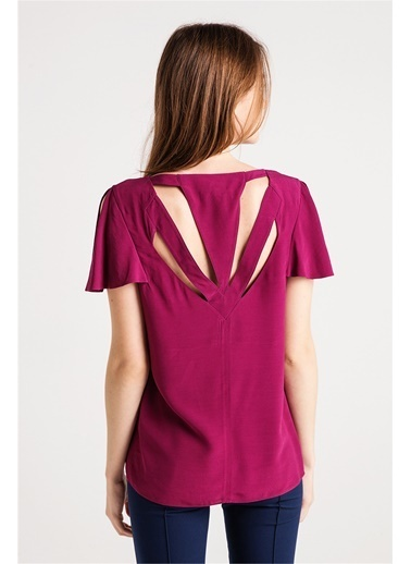 Sırt Detaylı Kolları Volanlı Bluz-Love'n Fashion Paris